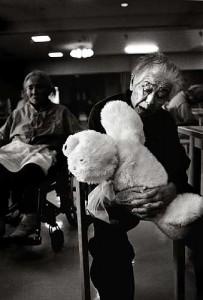 Plüsch-Tech für Senioren  Foto:  Theodor Barth